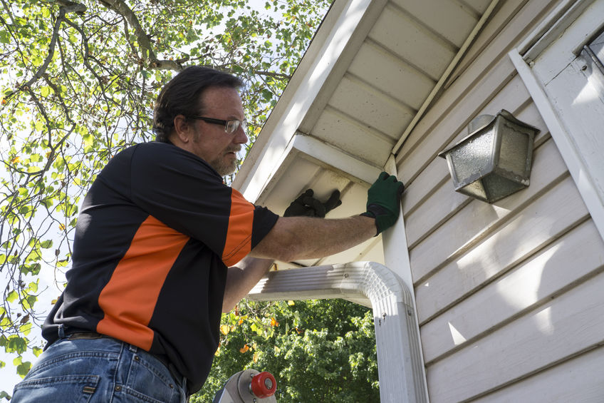 Our Team Conducts High-Quality Vinyl Siding Installation Service.